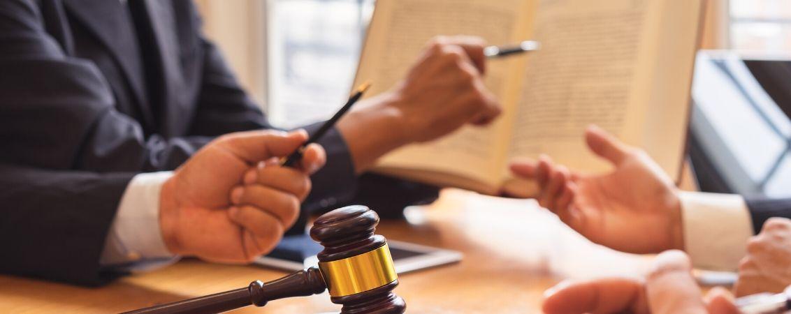 Servicio Jurídico-Mercantil
